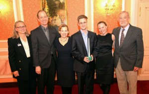 Snowden-Sam-Adams-Award-Coleen-Rowley-Thomas-Drake-Jesselyn-Raddack-Edward-Snowden-Sarah-Harrison-and-Ray-McGovern